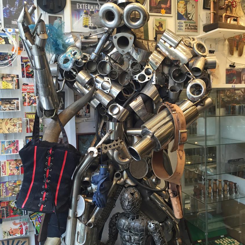 Pawn Shop Robot