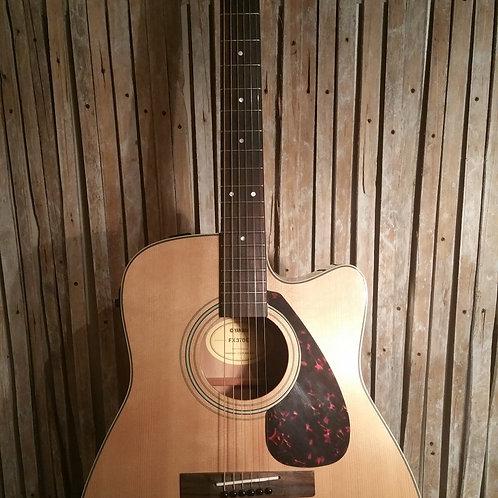 Yamaha FG370X Semi Acoustic Guitar. USED