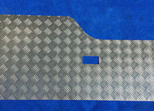 LRD300 Land Rover Discovery 1 chequer rear door card