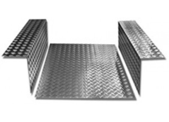 LR84 2mm Chequer Plate Defender 90 Load area