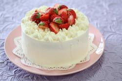 春のデコレーションケーキ