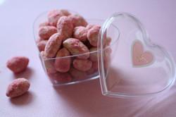 ピンクのアマンドショコラ