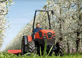 traktoros.JPG