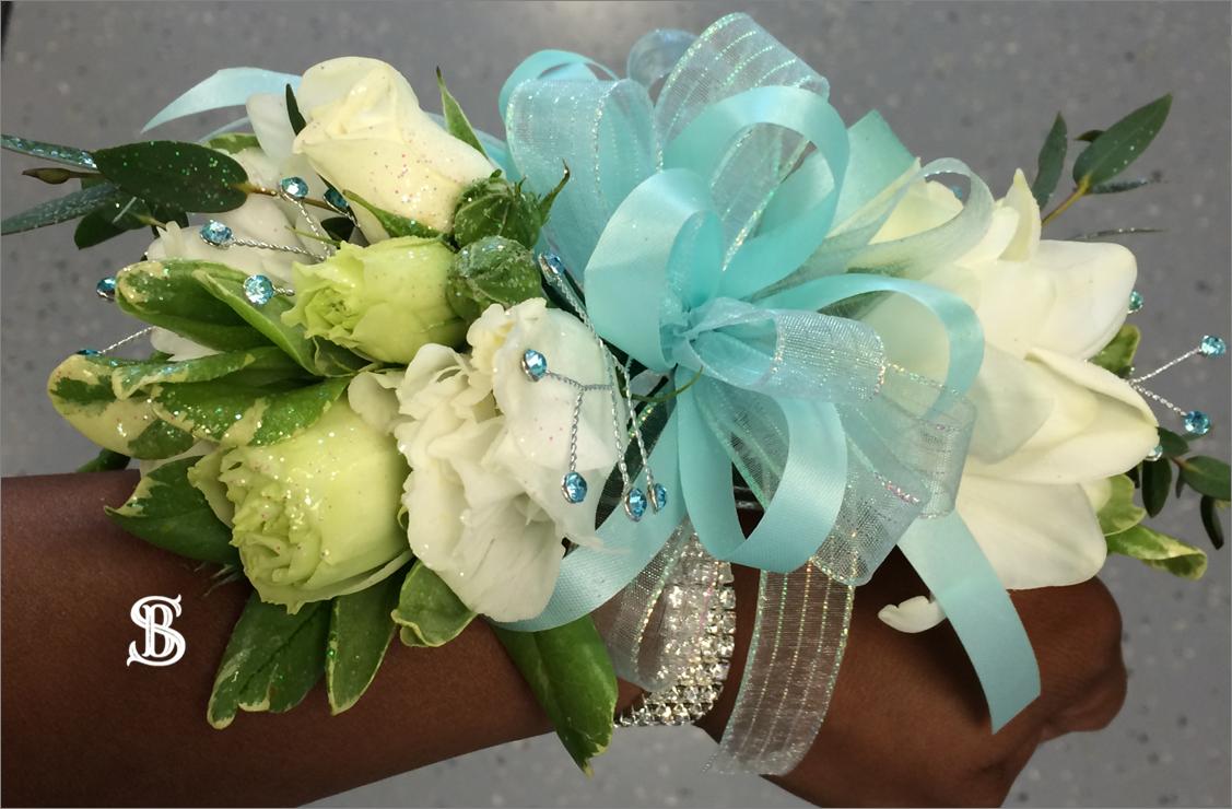 Beau Soleil Wedding - Wedding Wristlet.p