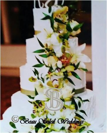 Beau Soleil Wedding - Wedding Cake Decor