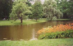 Oak Hill Cemetery.jpg