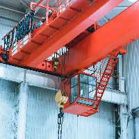 harbor-gantry-crane-moving-tank-containe