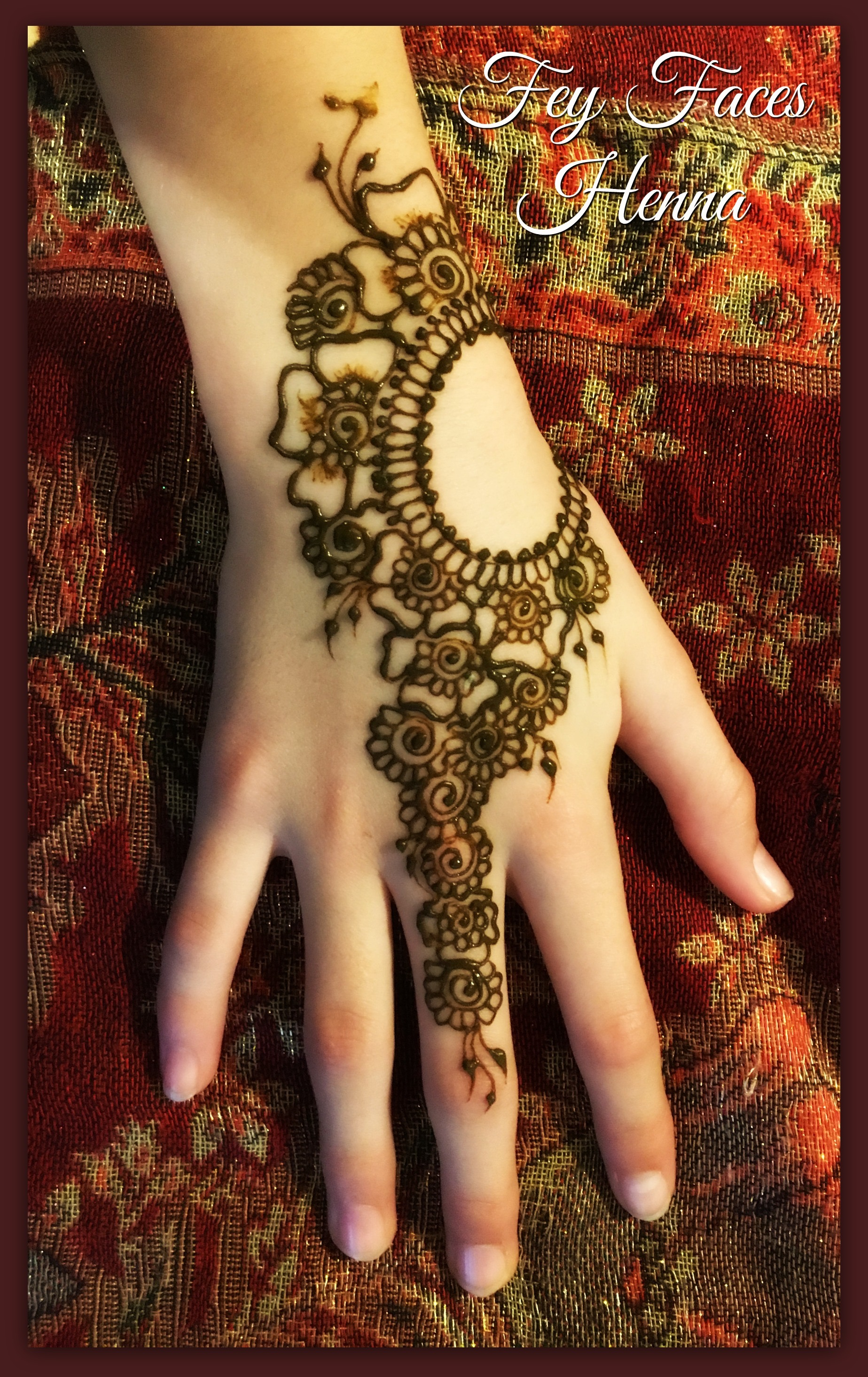 Fey Faces Henna