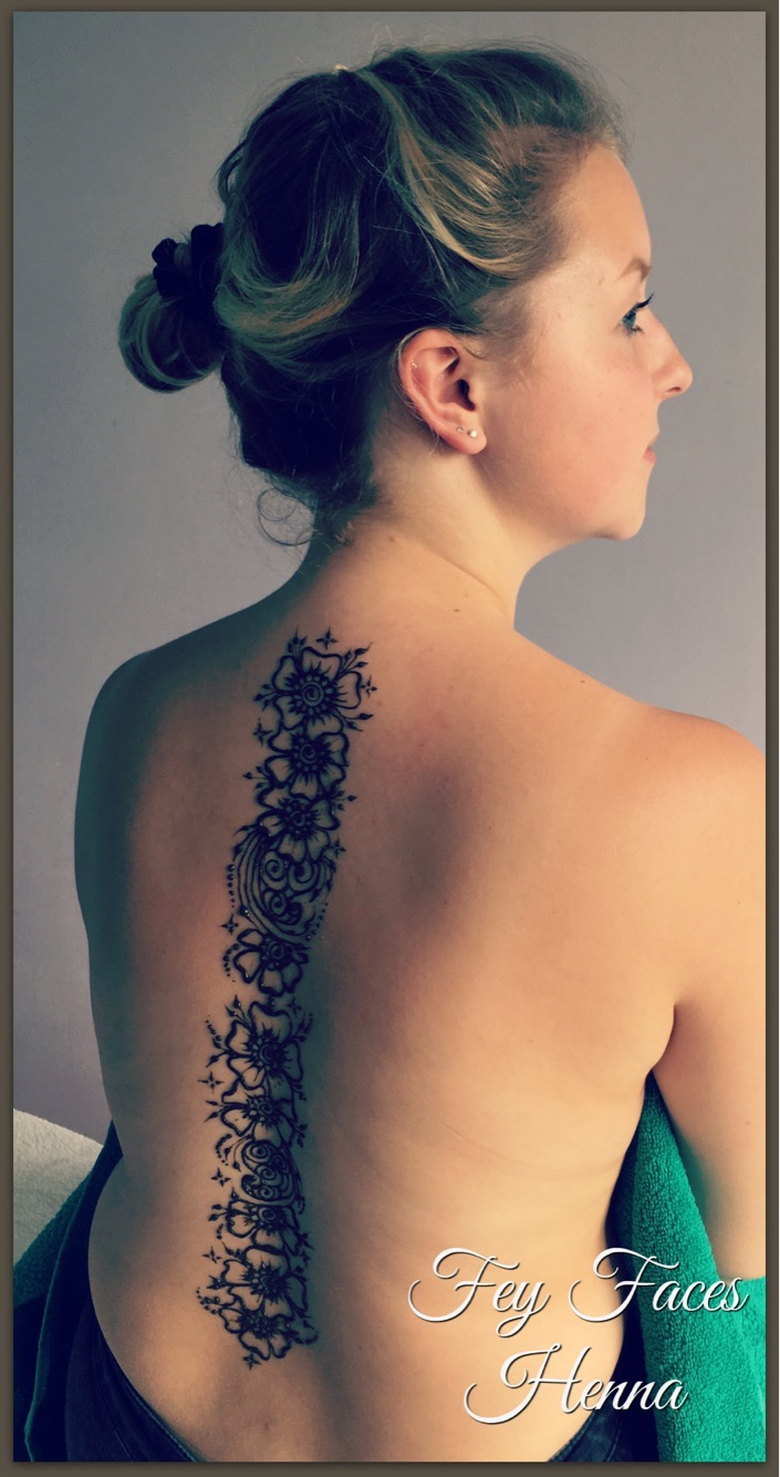 Henna tattoo by Fey Faces