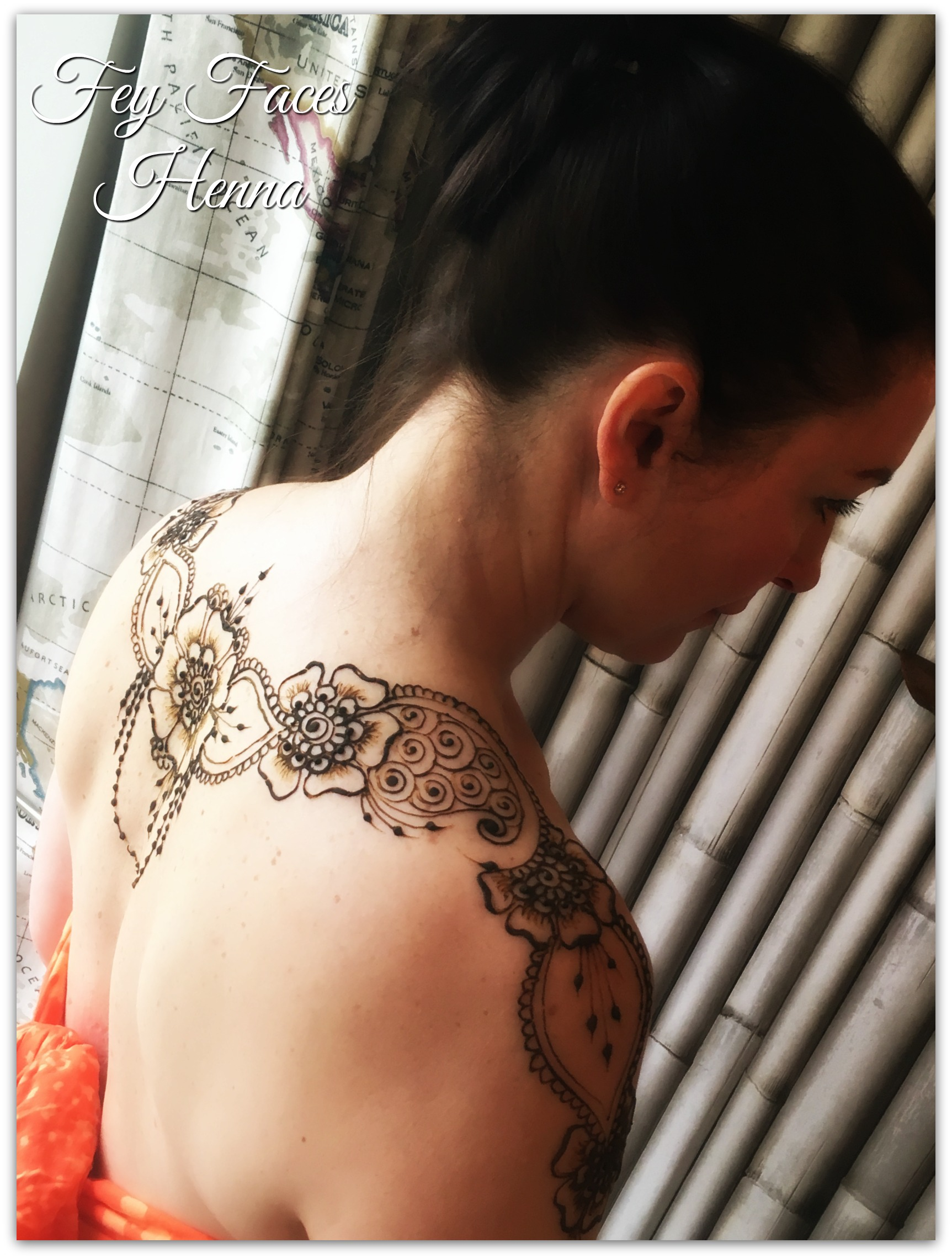 Back / shoulder henna by Fey Faces