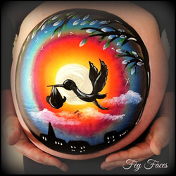 Baby bump painting by Fey Faces Oxfo