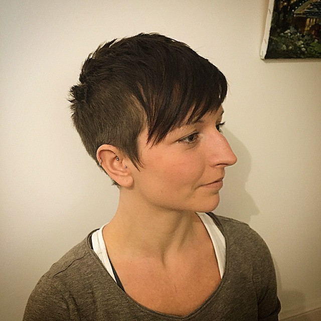short ladies hair cut