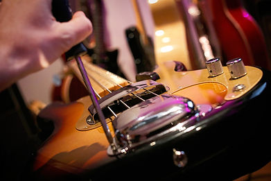 bass-guitar-set-up-string-height-1.jpg