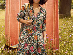 Breathing colour into trans-seasonal dressing with Pom Amsterdam!