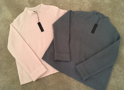 New 360 cashmere arrivals just in time to get those Christmas hints in!