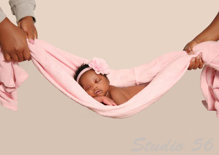 Newborn-34 copy.jpg