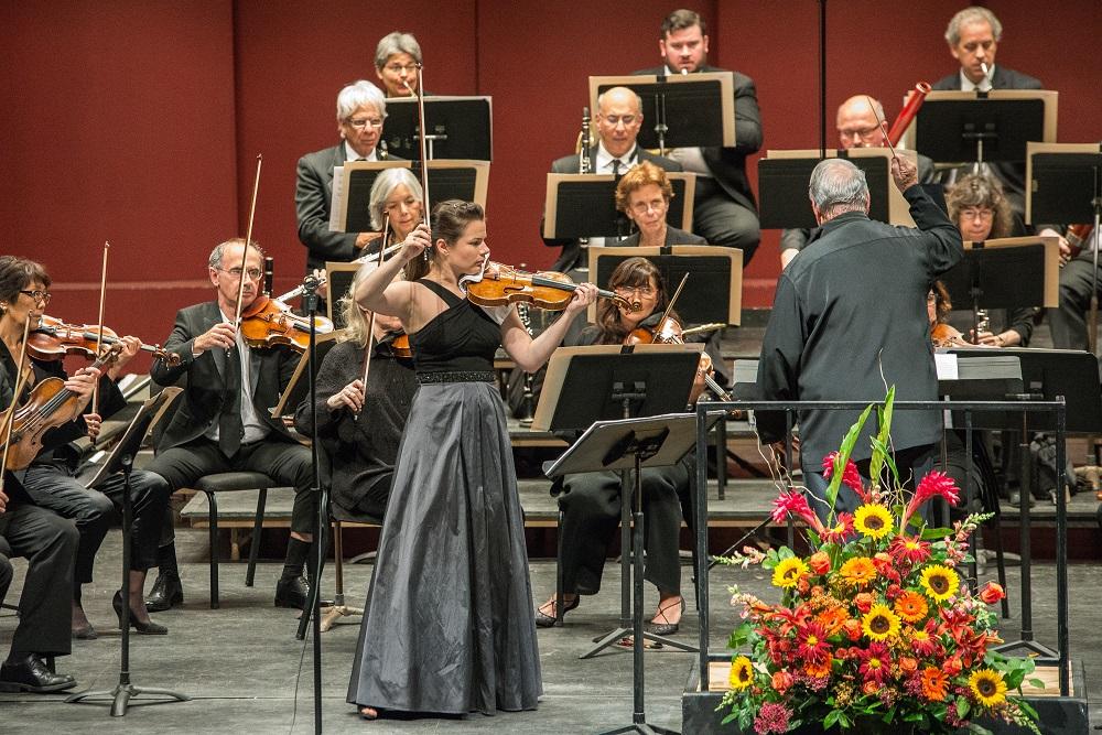 Bella Hristova, violin