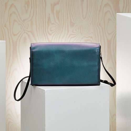 HIGHLINE  - leather shoulder bag, col. Scarabeus