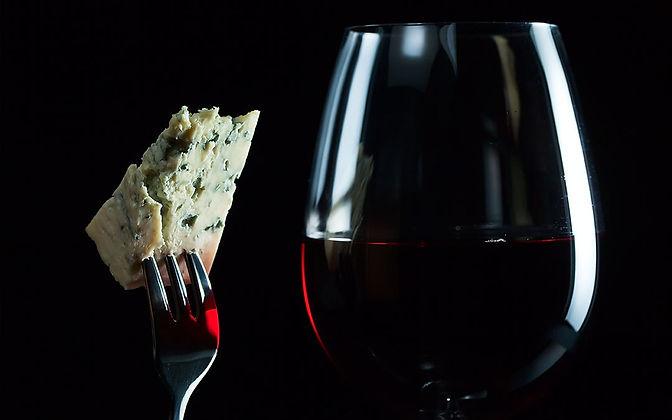 vino e formaggi.jpg
