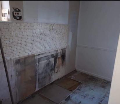 Kitchen1_Before_edited.jpg