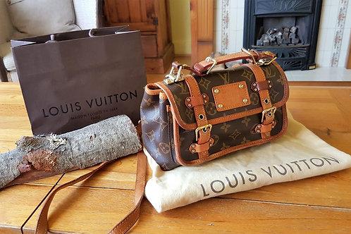 Louis Vuitton  Sac de nuit  S O L D