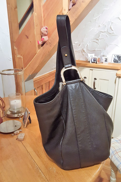 GUCCI BLACK LEATHER HOBO  S O L D