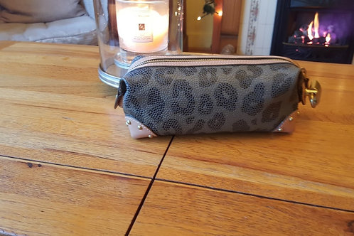 MULBERRY LEATHER    Make Up Bag