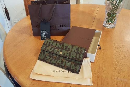 N E W  AUTHENTIC  LOUIS VUITTON PORTE MONNAIE    SOLD