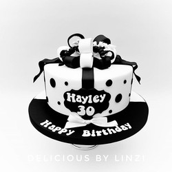 Monochrome joint birthday cake for a 30t