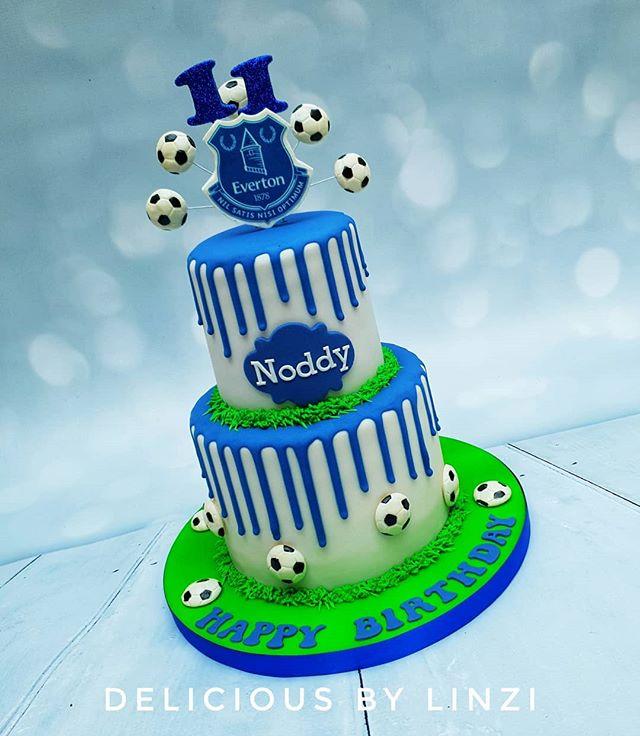 Everton drip cake