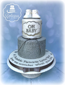 Twinkle baby shower cake