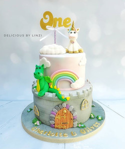 So much gorgeousness in one cake! A pret