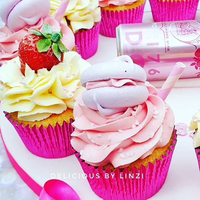 Sneak peek 🥰💗_#pinkgin #pinkgincupcake