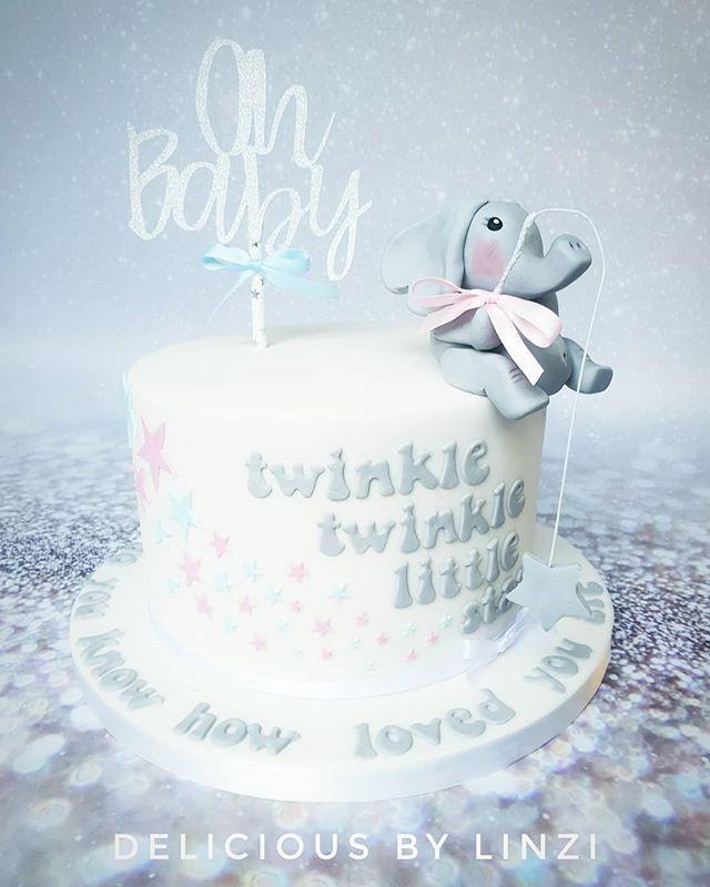Neutral babyshower cake