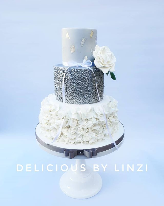 Grey, silver and white wedding cake
