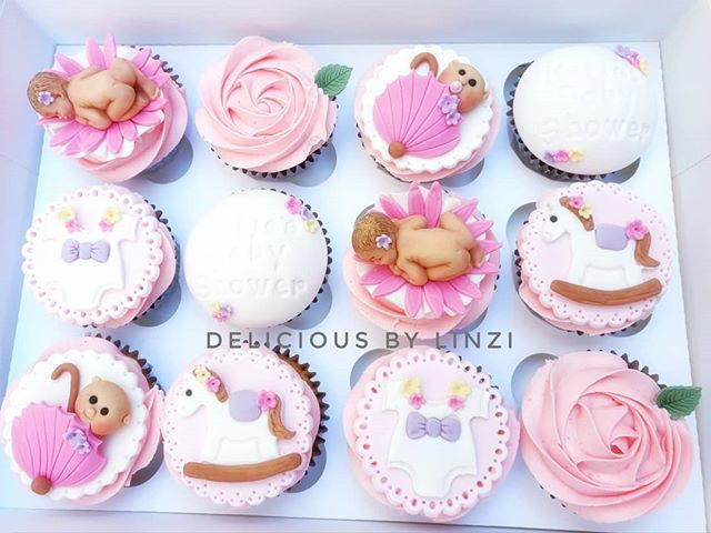Cute set of cupcakes for a baby shower �