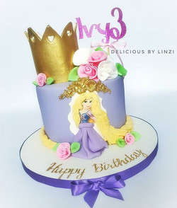 A rapunzel themed princess cake for Ivy