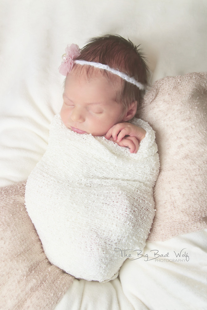 Newborn session with Tessa, 14 days old