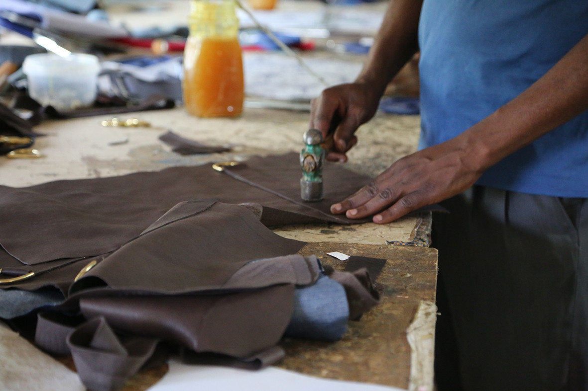 Leather bag construction