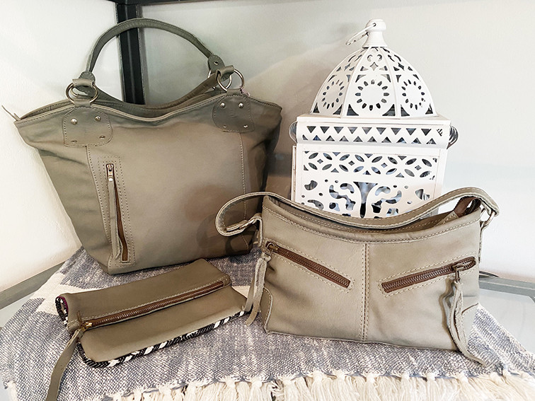 Leather Bags: Grey