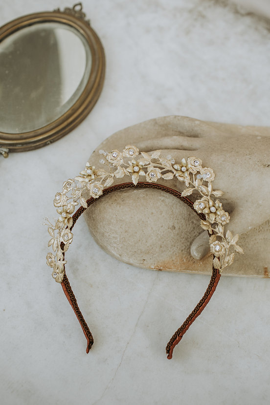 Wedding tiara- Golden crown with roses branches leaves and crystals. Perfect bridal headdress made in italy
