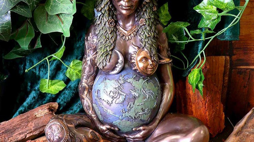 Gaia/Mother Earth large Sculpture (pre order)