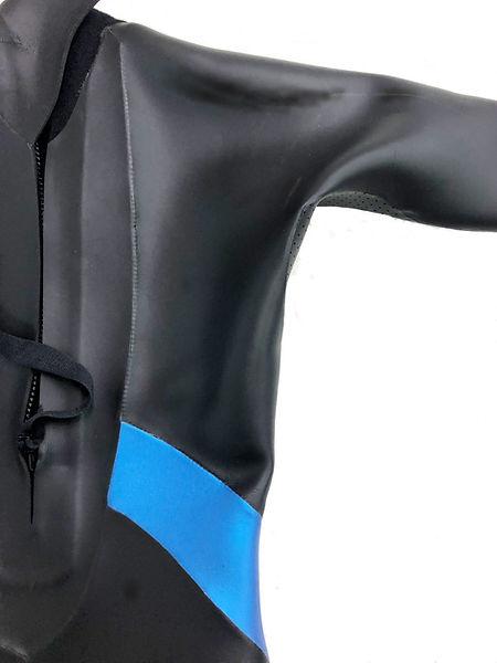 SA10フルスーツ背中 肩甲骨パーツ.jpg
