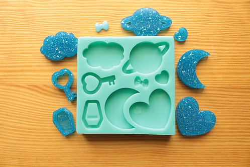 Med. Assorted Moon, Heart, Coffin, Key, Planet, Cloud, Bow Silicone Mold
