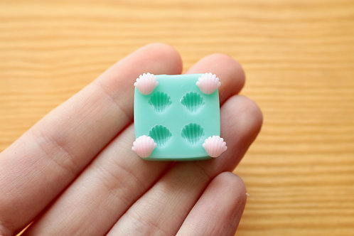 Tiny Shells Silicone Mold (Green)