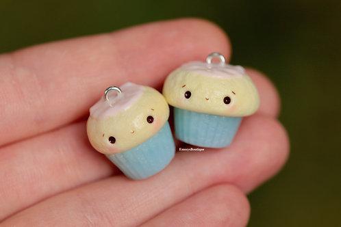 1pc Blue/Pink Kawaii Cupcake Charm