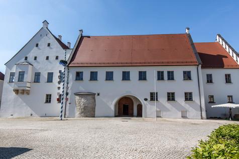 06-Schloss Rain 05z.jpg