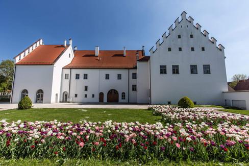 06-Schloss Rain 12x.jpg