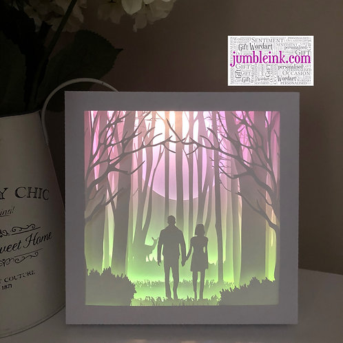 €5.50 - Couple in the Woods - 3D Paper Cut Template Light Box SVG