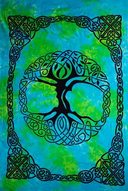 Heavyweight Celtic Tree Tapestry With Fringe